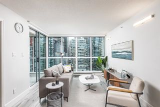 Photo 3: 2205 1238 MELVILLE Street in Vancouver: Coal Harbour Condo for sale (Vancouver West)  : MLS®# R2625071