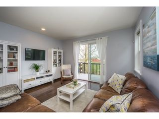 """Photo 3: 29 7348 192A Street in Surrey: Clayton Townhouse for sale in """"KNOLL"""" (Cloverdale)  : MLS®# R2149741"""
