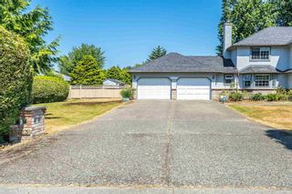 "Photo 2: 13723 18 Avenue in Surrey: Sunnyside Park Surrey House for sale in ""Ocean Park/ West Sunnyside"" (South Surrey White Rock)  : MLS®# R2598727"
