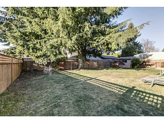 """Photo 17: Photos: 11977 189B Street in Pitt Meadows: Central Meadows House for sale in """"HIGHGATE"""" : MLS®# V1038293"""