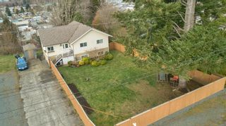 Photo 1: 1872 Treelane Rd in : CR Campbell River West House for sale (Campbell River)  : MLS®# 870095