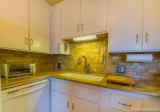 Photo 7: MISSION HILLS Condo for sale : 2 bedrooms : 4082 Albatross #6 in San Diego