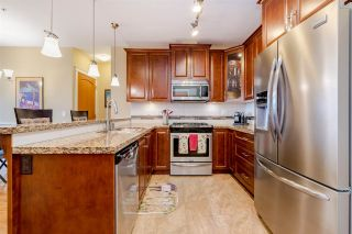 """Photo 4: 523 8067 207 Street in Langley: Willoughby Heights Condo for sale in """"Yorkson Creek - Parkside 1 (Bldg A)"""" : MLS®# R2451960"""