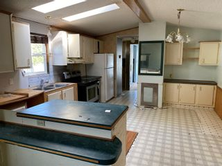 Photo 2: 35 1160 Shellbourne Blvd in Campbell River: CR Campbell River Central Manufactured Home for sale : MLS®# 887807