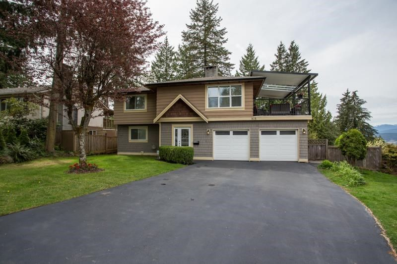 Main Photo: 926 KOMARNO Court in Coquitlam: Chineside House for sale : MLS®# R2584778