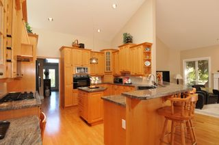 Photo 26: 2305 139A Street in Chantrell Park: Home for sale : MLS®# f1317444