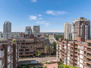 """Photo 14: 514 950 DRAKE Street in Vancouver: Downtown VW Condo for sale in """"Anchor Point 2"""" (Vancouver West)  : MLS®# R2591063"""