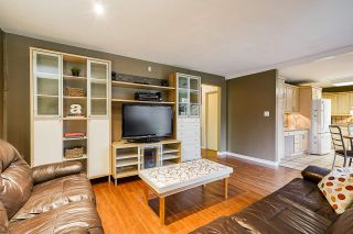 Photo 13: 3369 OSBORNE Street in Port Coquitlam: Woodland Acres PQ House for sale : MLS®# R2528437