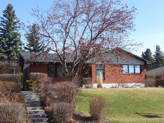 Photo 1: 3108 Underhill Drive NW in Calgary: University Heights Detached for sale : MLS®# A1056908