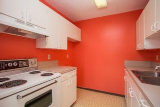 "Photo 9: 25 10200 4TH Avenue in Richmond: Steveston North Townhouse for sale in ""MANOAH VILLAGE"" : MLS®# R2396215"