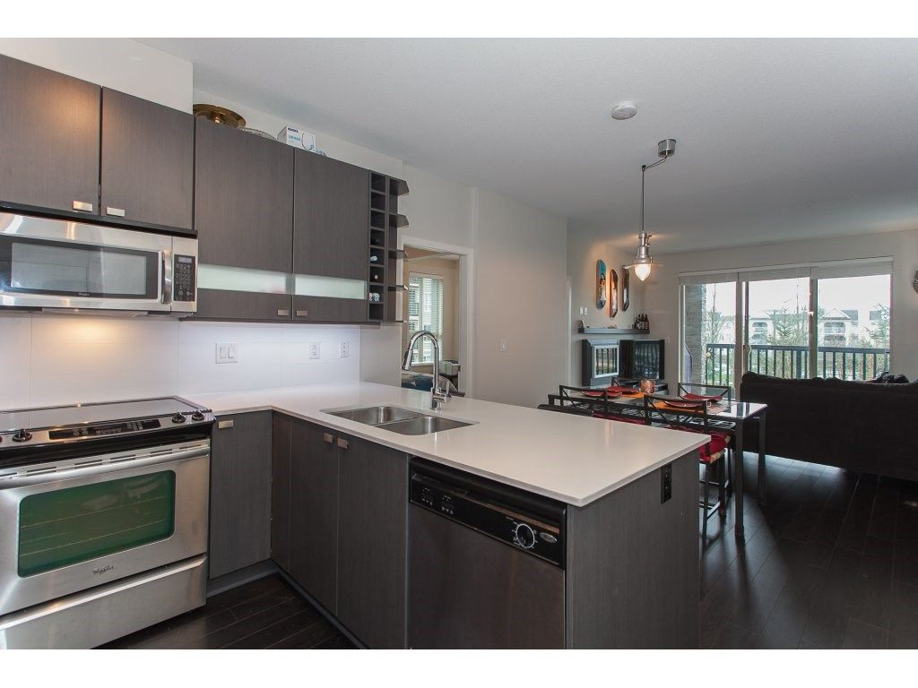 """Photo 12: Photos: 210 5655 210A Street in Langley: Salmon River Condo for sale in """"CORNERSTONE NORTH"""" : MLS®# R2152844"""