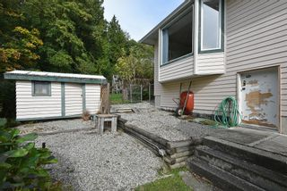 """Photo 34: 491 OCEAN VIEW Drive in Gibsons: Gibsons & Area House for sale in """"Woodcreek Park"""" (Sunshine Coast)  : MLS®# R2624435"""