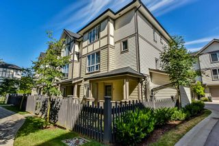 "Photo 2: 56 7848 209 Street in Langley: Willoughby Heights Townhouse for sale in ""Mason & Green"" : MLS®# R2191494"
