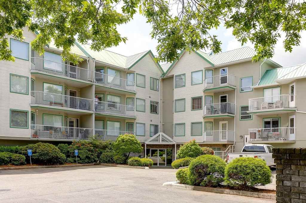 Main Photo: 214 19236 FORD Road in Pitt Meadows: Central Meadows Condo for sale : MLS®# R2182703