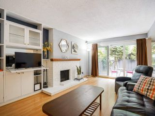 """Photo 17: 3 3370 ROSEMONT Drive in Vancouver: Champlain Heights Townhouse for sale in """"ASPENWOOD"""" (Vancouver East)  : MLS®# R2493440"""