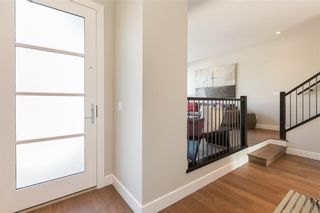 Photo 6: 2345 22 Avenue SW in Calgary: Richmond House for sale : MLS®# C4127248