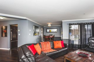 Photo 5: 101-5450-208th Street in Langley: Condo for sale