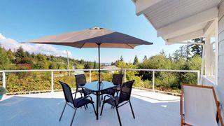 Photo 3: 6211 BAILLIE Road in Sechelt: Sechelt District House for sale (Sunshine Coast)  : MLS®# R2325977