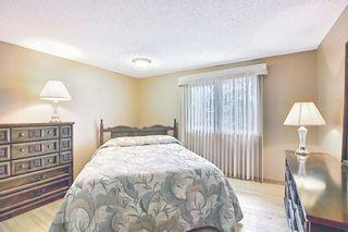 Photo 13: 3203 Oakwood Drive SW in Calgary: Oakridge Detached for sale : MLS®# A1109822