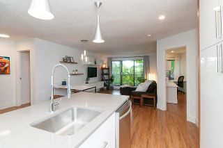 Photo 4: 301 2222 PRINCE EDWARD Street in Vancouver: Mount Pleasant VE Condo for sale (Vancouver East)  : MLS®# R2309265