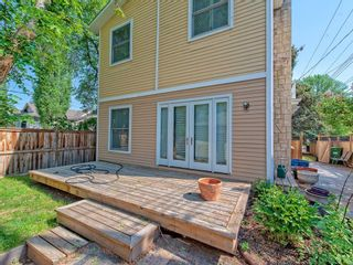 Photo 4: 111 7 Street NW in Calgary: Sunnyside Detached for sale : MLS®# C4189652