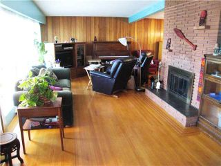 Photo 2: 823 CUMBERLAND ST in New Westminster: The Heights NW House for sale : MLS®# V953771