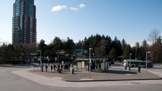 """Photo 26: 316 6735 STATION HILL Court in Burnaby: South Slope Condo for sale in """"COURTYARDS"""" (Burnaby South)  : MLS®# R2615271"""