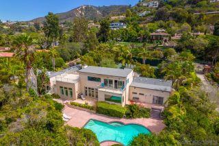 Photo 1: LA JOLLA House for sale : 4 bedrooms : 2626 Hidden Valley Rd