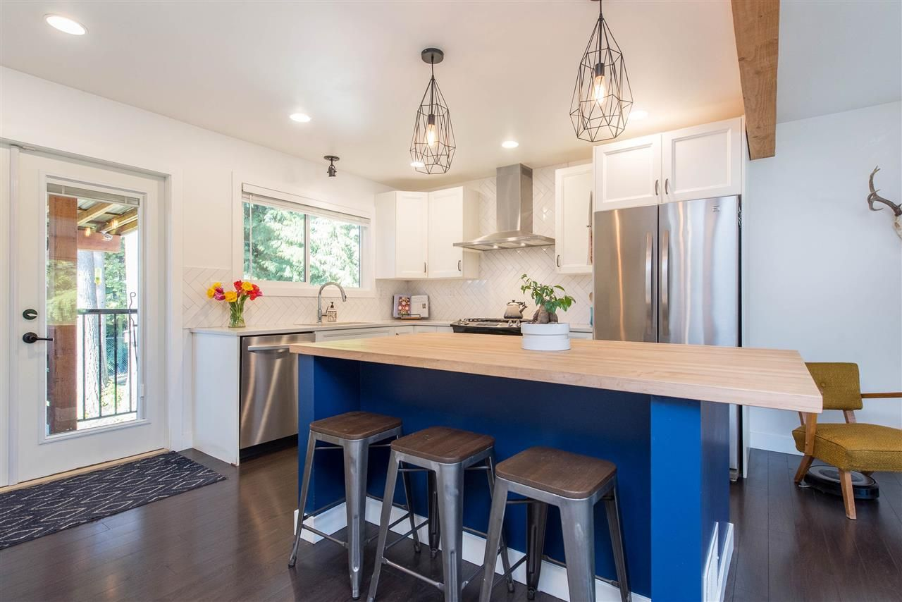 Photo 10: Photos: 34539 KENT Avenue in Abbotsford: Abbotsford East House for sale : MLS®# R2569540