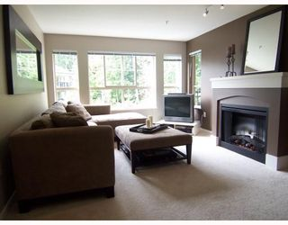 """Photo 2: 204 2958 WHISPER Way in Coquitlam: Westwood Plateau Condo for sale in """"SUMMERLIN"""" : MLS®# V786045"""
