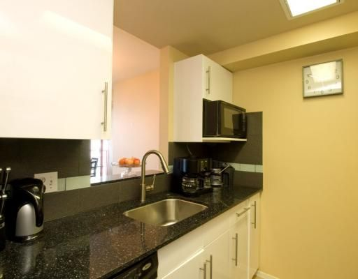 """Photo 3: Photos: 1704 811 HELMCKEN Street in Vancouver: Downtown VW Condo for sale in """"IMPERIAL TOWER"""" (Vancouver West)  : MLS®# V783490"""
