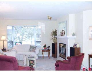 "Photo 3: 14 16318 82ND Avenue in Surrey: Fleetwood Tynehead Townhouse for sale in ""HAZELWOOD LANE"" : MLS®# F2809252"