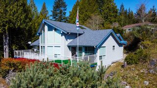 Photo 2: 4695 HOTEL LAKE Road in Garden Bay: Pender Harbour Egmont House for sale (Sunshine Coast)  : MLS®# R2567091