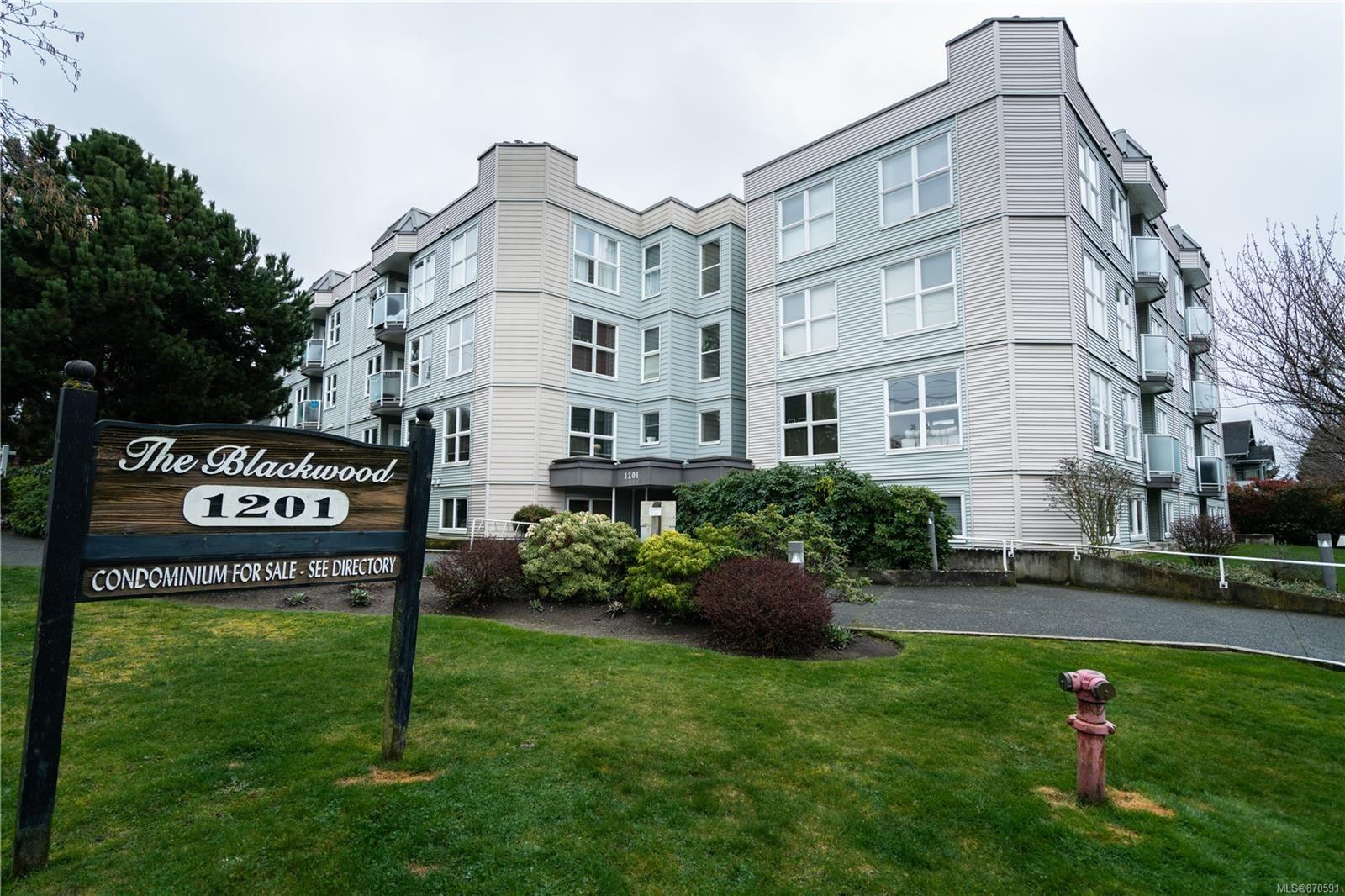 Main Photo: 105 1201 Hillside Ave in : Vi Hillside Condo for sale (Victoria)  : MLS®# 870591