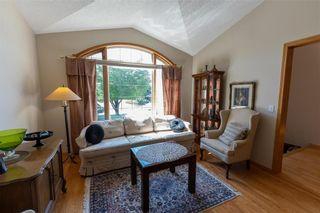 Photo 5: 149 Southbridge Drive in Winnipeg: Southdale Residential for sale (2H)  : MLS®# 202113556