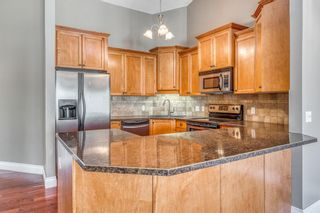 Photo 10: 39 Richelieu Court SW in Calgary: Lincoln Park Row/Townhouse for sale : MLS®# A1104152