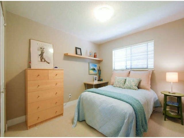 """Photo 17: Photos: 13273 AMBLE GREENE Court in Surrey: Crescent Bch Ocean Pk. House for sale in """"AMBLE GREENE"""" (South Surrey White Rock)  : MLS®# F1411168"""