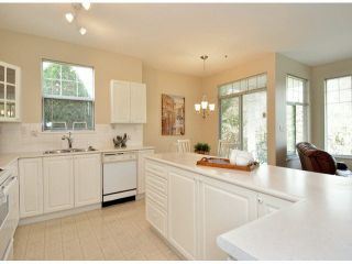 """Photo 10: 17 5708 208TH Street in Langley: Langley City Townhouse for sale in """"Bridle Run"""" : MLS®# F1424617"""