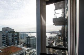 """Photo 15: 1307 151 W 2ND Street in North Vancouver: Lower Lonsdale Condo for sale in """"The Sky"""" : MLS®# R2439963"""