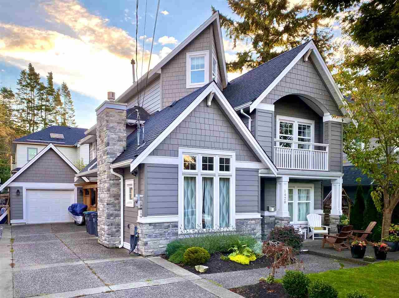 Main Photo: 1420 129B STREET in Surrey: White Rock House for sale (South Surrey White Rock)  : MLS®# R2510375