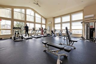 """Photo 17: 207 3082 DAYANEE SPRINGS BOULEVARD Boulevard in Coquitlam: Westwood Plateau Condo for sale in """"The Lanterns"""" : MLS®# R2443838"""