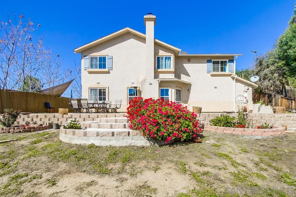 Main Photo: EL CAJON House for sale : 3 bedrooms : 749 Lingel Drive