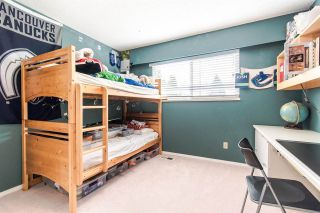Photo 13: 971 REGAN Avenue in Coquitlam: Central Coquitlam 1/2 Duplex for sale : MLS®# R2397027