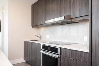 Photo 4: 806 390 Assiniboine Avenue in Winnipeg: Downtown Condominium for sale (9A)  : MLS®# 202122795