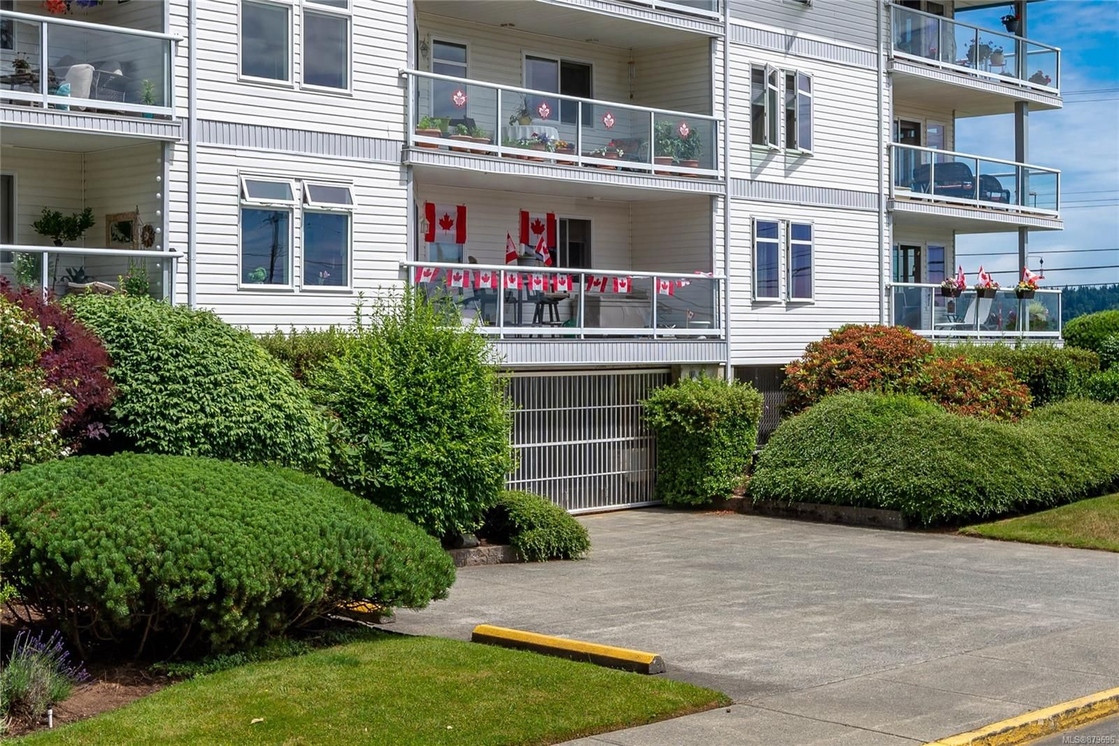 Photo 32: Photos: 219 390 S Island Hwy in : CR Campbell River West Condo for sale (Campbell River)  : MLS®# 879696