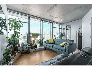 """Photo 3: 2108 128 W CORDOVA Street in Vancouver: Downtown VW Condo for sale in """"WOODWARDS W-43"""" (Vancouver West)  : MLS®# V1140977"""