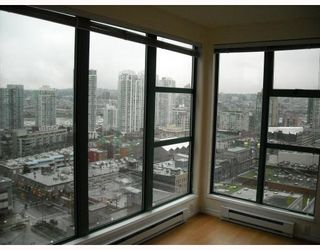 "Photo 6: 2107 939 HOMER Street in Vancouver: Downtown VW Condo for sale in ""THE PINNACLE"" (Vancouver West)  : MLS®# V746950"