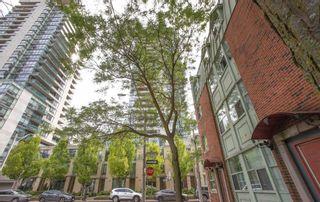 Photo 1: 304 281 Mutual Street in Toronto: Church-Yonge Corridor Condo for sale (Toronto C08)  : MLS®# C5338581