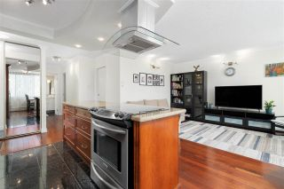 """Photo 5: 704 4200 MAYBERRY Street in Burnaby: Metrotown Condo for sale in """"TIMES SQUARE"""" (Burnaby South)  : MLS®# R2573278"""