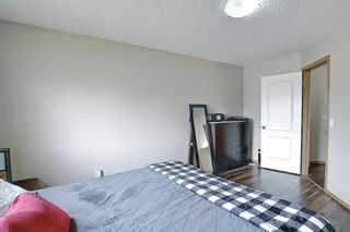 Photo 10: 37 Everstone Avenue SW in Calgary: Evergreen Detached for sale : MLS®# A1102221